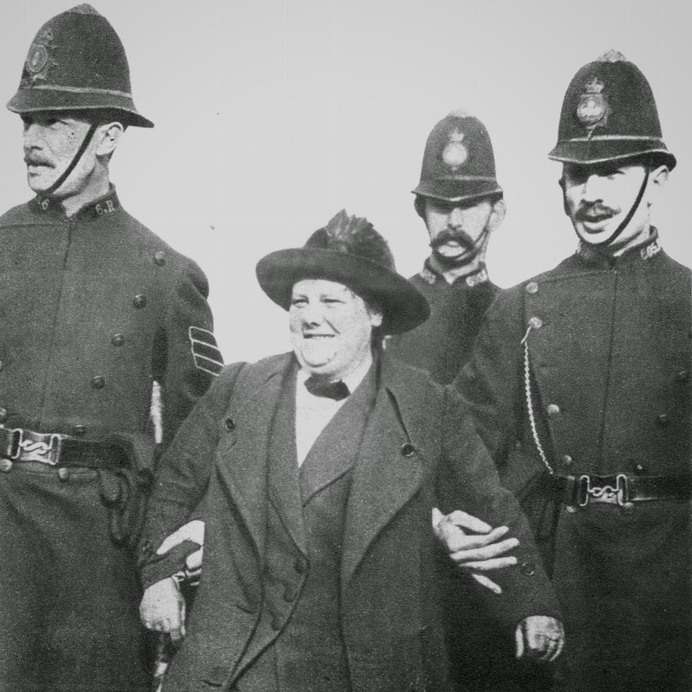 Suffragettes Vs Police Vintage Photos Of Womens