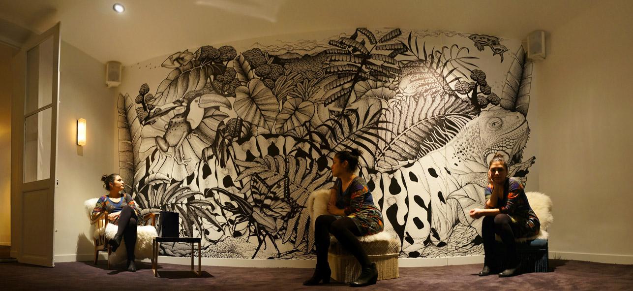 paola par s fresque au bar le d mon actuellement visible. Black Bedroom Furniture Sets. Home Design Ideas
