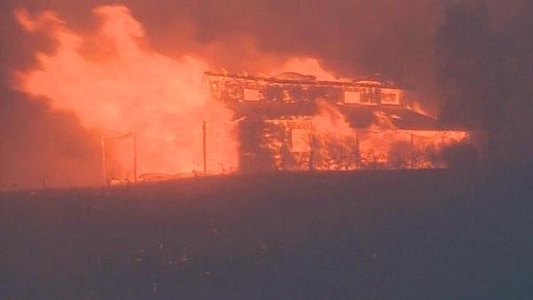 http://www.krem.com/news/Carlton-Complex-wildfire-forces-Brewster-evacuation--267598651.html