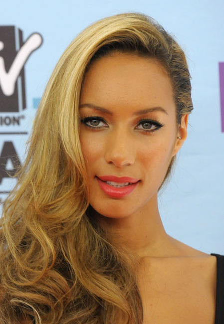 leona lewis and tragus piercing gallery