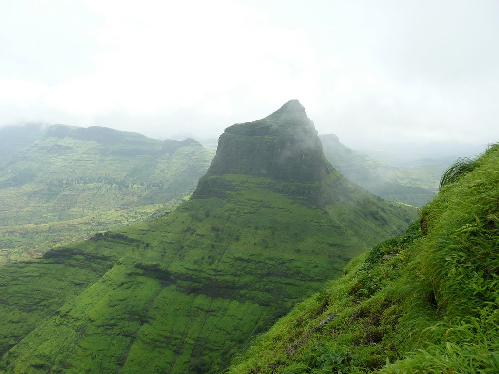 Nashik India  City pictures : ... peak of Salota fort, Nashik, Maharashtra ~ Popular Temples of India