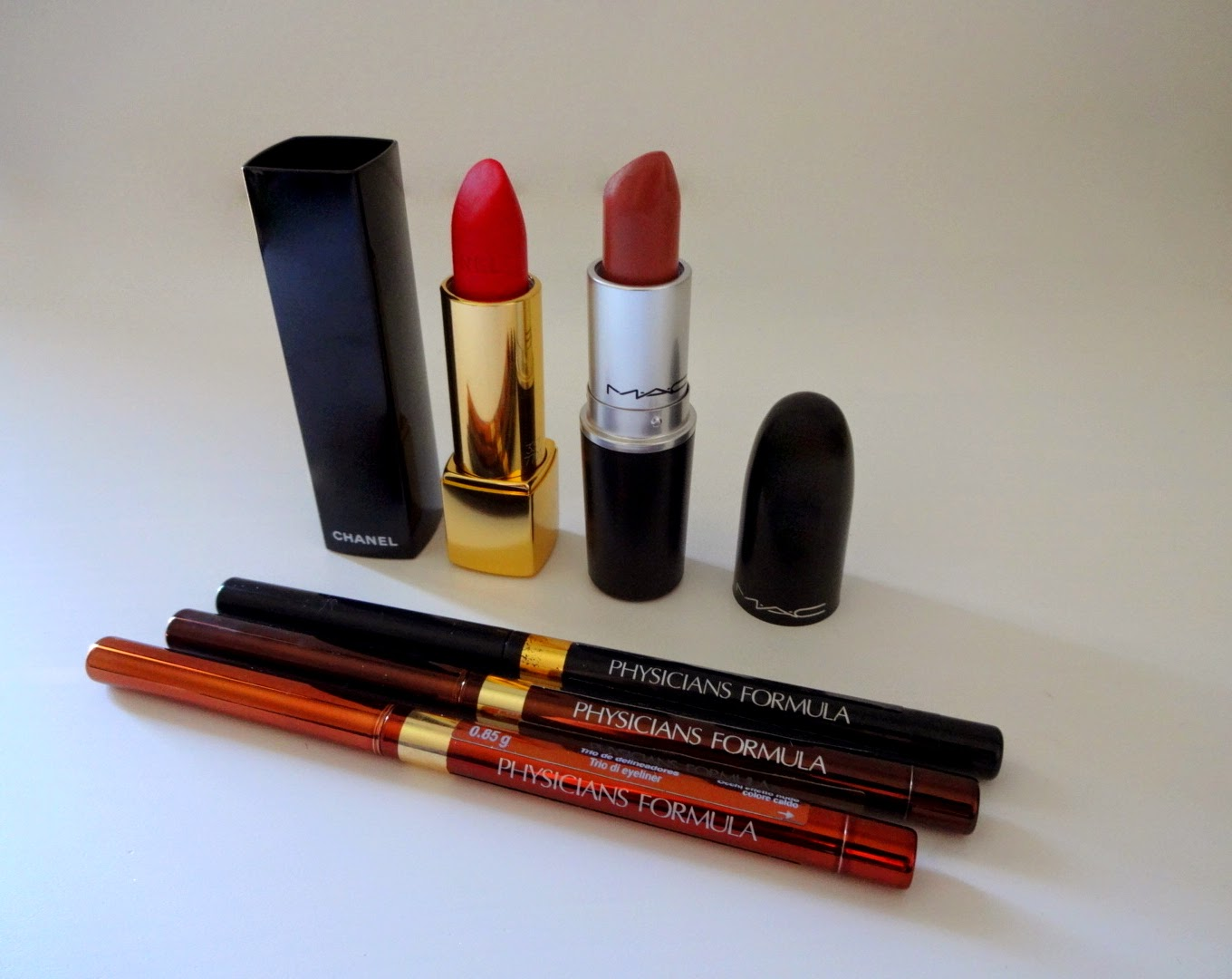 make up, trucco, rossetto rosso, rossetto nude, mac velvet teddy, chanel rouge allure velvet la flamboyante, chanel make up christmas collection 2014, physician's formula