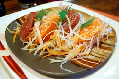 Stitch and Bear - Tippenyaki - Tuna and salmon sashimi