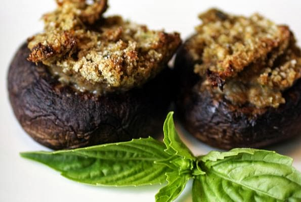 vegweb, stuffed mushrooms, vegan, vegan recipe, healthy food recipe, breadcrumbs