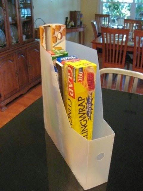 tempat berkas dan stopmap sebagai tempat menyimpan snack