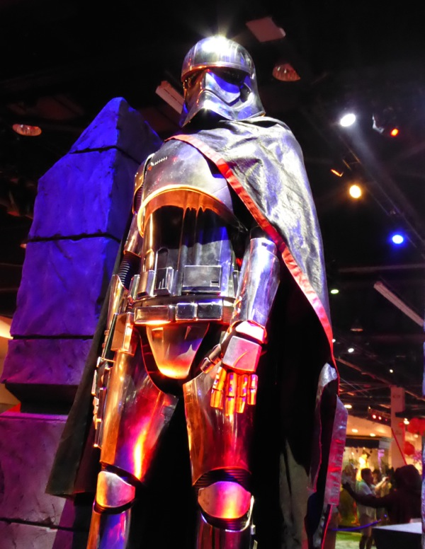 Star Wars Episode VII Captain Phasma armour
