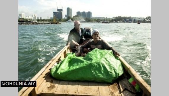 Melayu Terakhir di Pulau Singapura, Masih Lagi Ke Laut Menahan Bubu