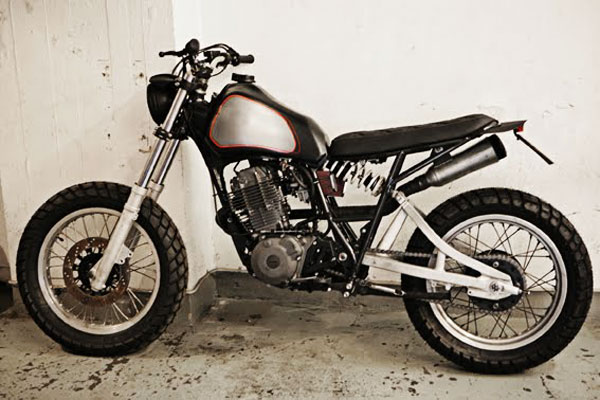 motographite  YAMAHA XT 550  MOTRAX  by Wrenchmonkees