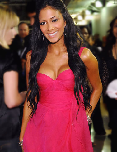 nicole_scherzinger_hot_in_pink