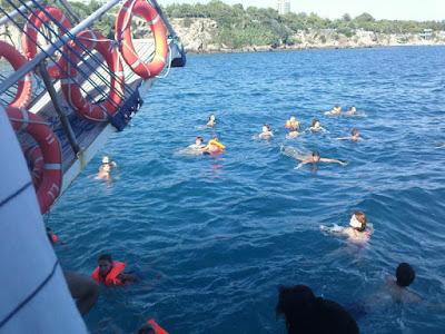 جولات سياحية في انطاليا تركيا, رحلة قارب في كيمير