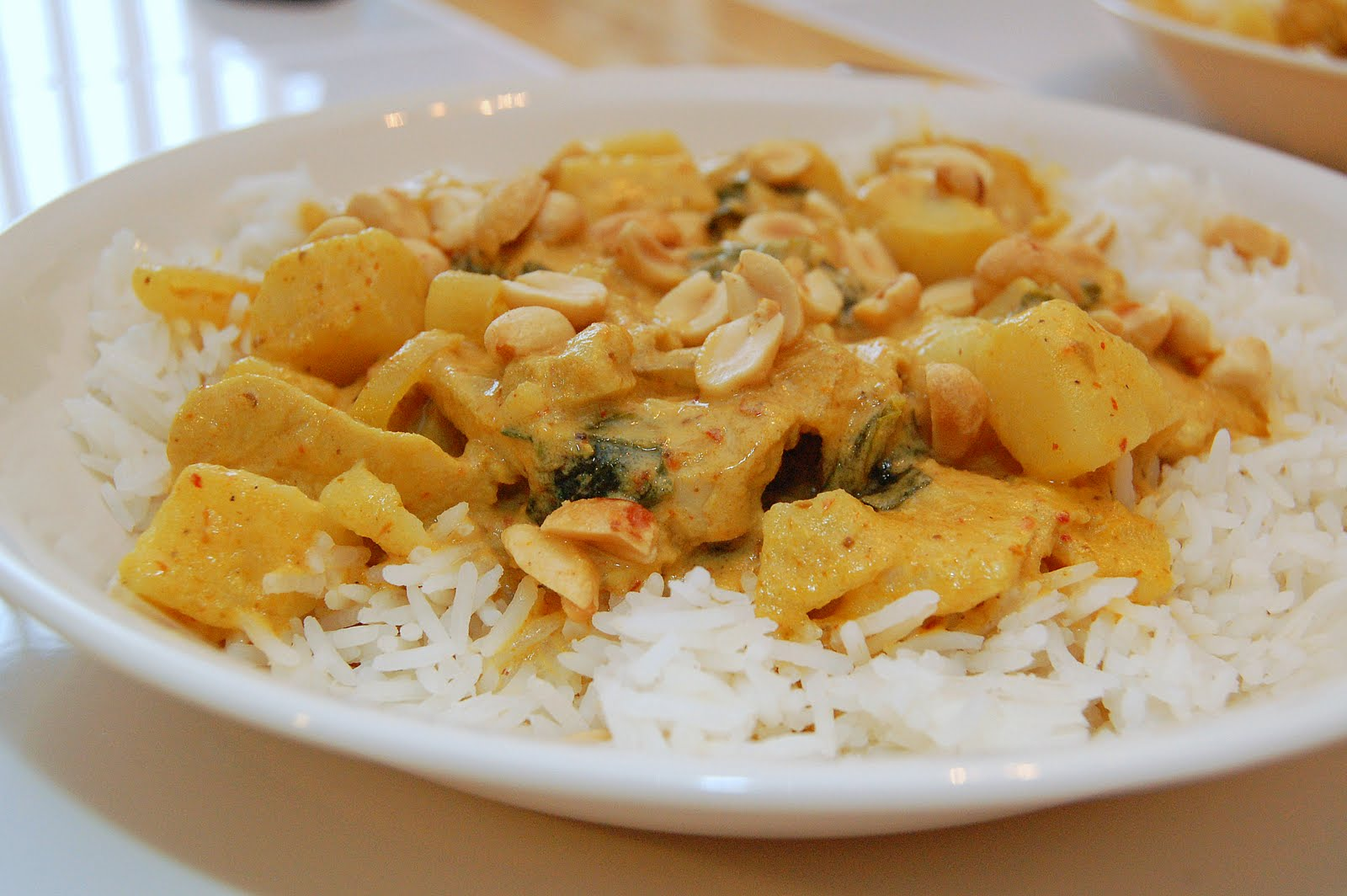 ... Twig: Christmas Surprises & Kaeng Kari Kai (Thai Yellow Chicken Curry