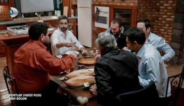 http://shahidwadidiab8.blogspot.com/2014/12/wadi-diab-9-ep-21-22-240-Preview.html