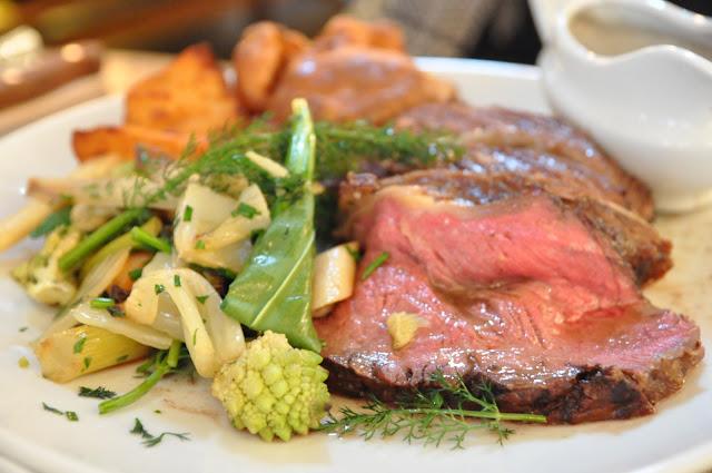 John+Salt+Islington+Angel+Upper+Street+Sunday+roasts+beef