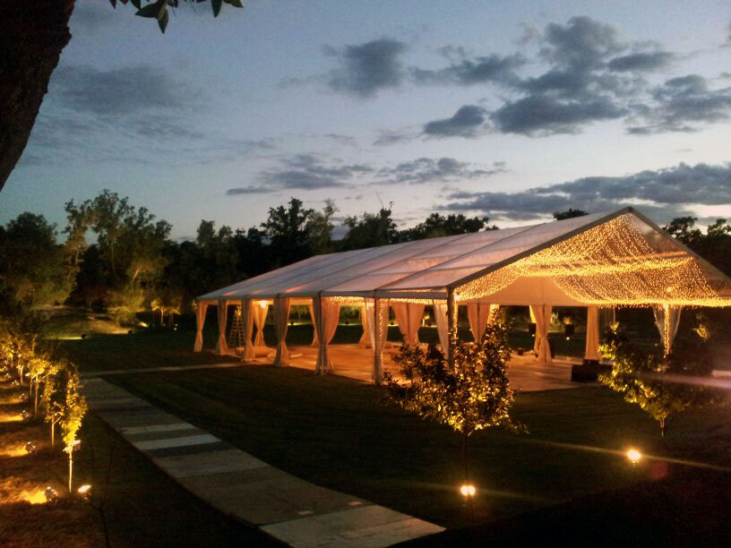 Iluminaci n sonido e imagen iluminaci n de carpas y jardines for Carpas para jardin