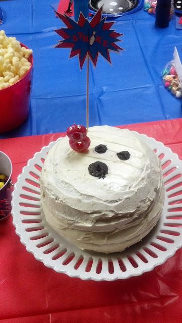 Pinata Cake #bowling #cake #pinata #birthday #party #cake #kids