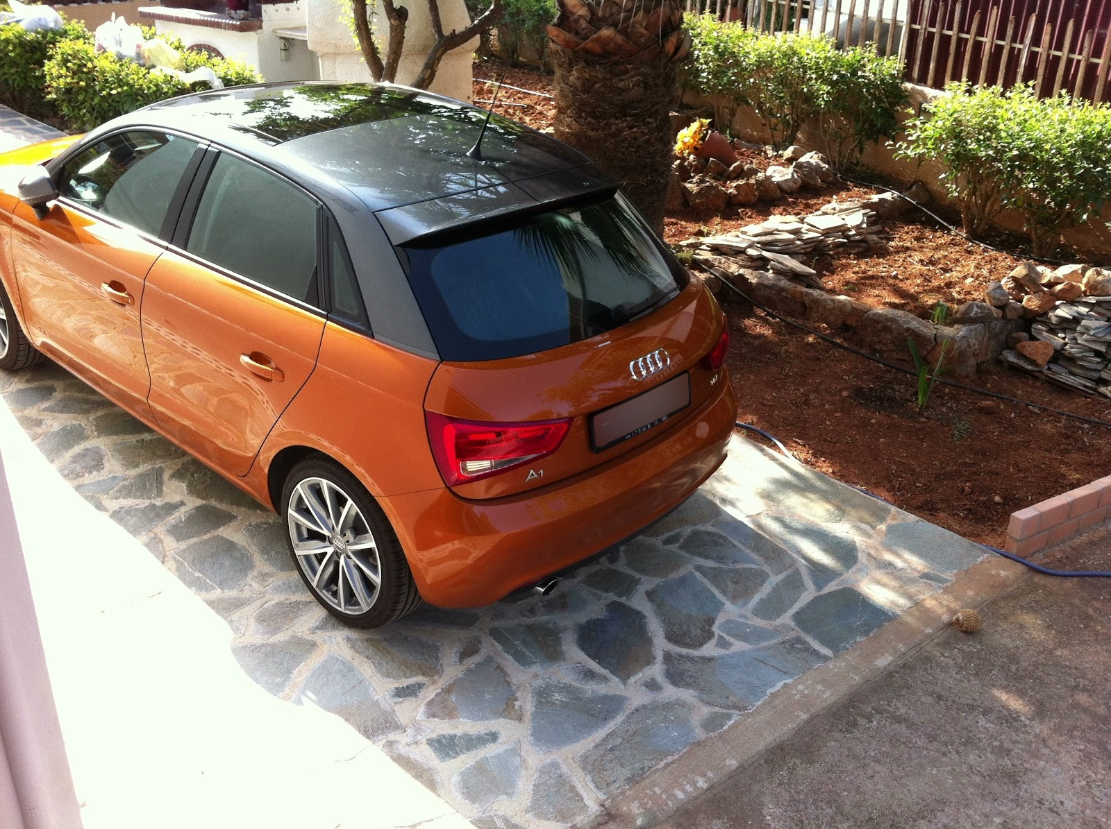 Audi+A1+Samoa+Orange+Daytona+Grey++8.jpg