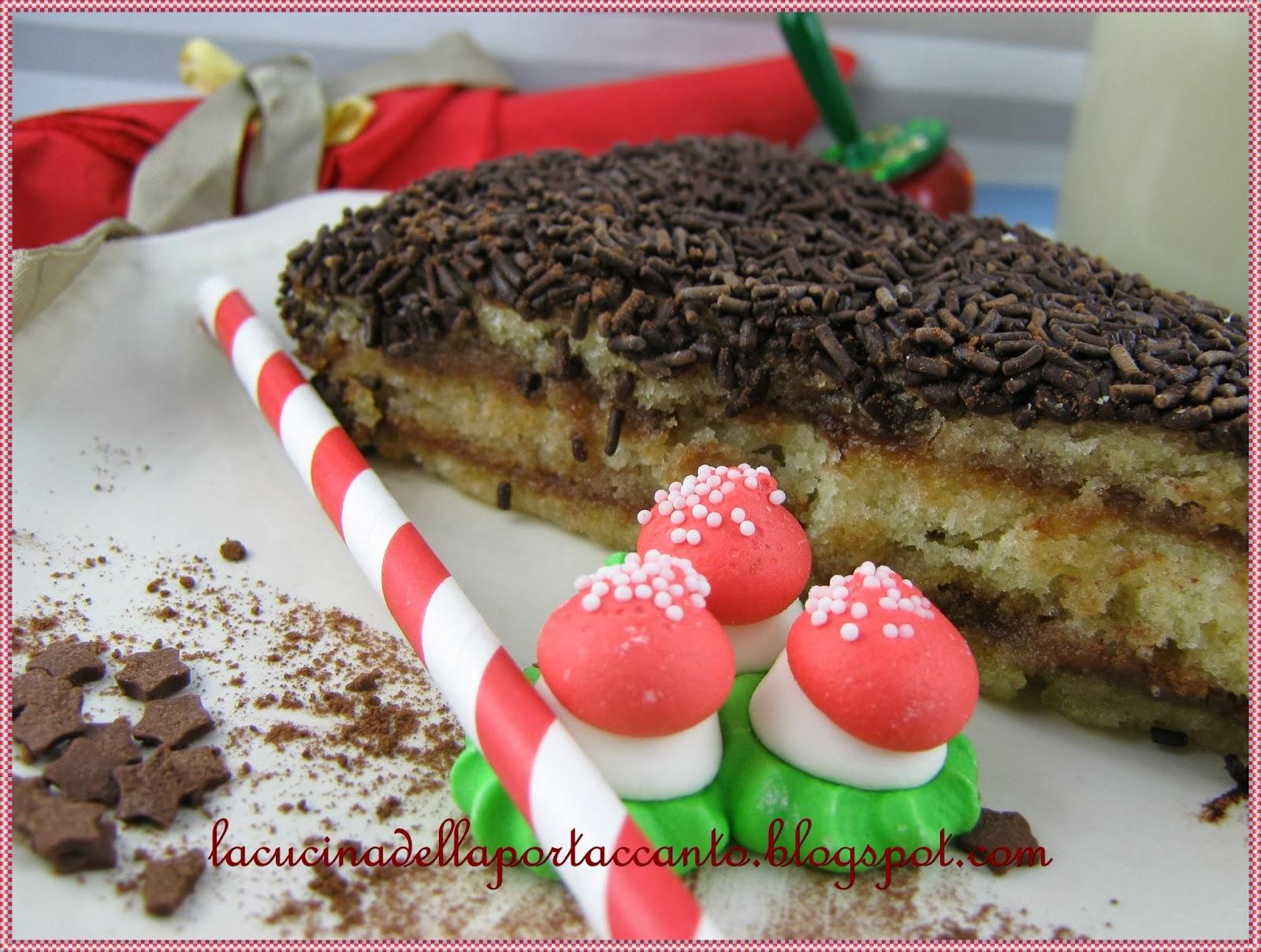 torta di pan di spagna con cacao e confettura di ribes rosso senza lattosio