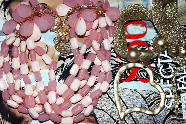 Soping u Solunu. Shopping in Thessaloniki. New necklace. Nove ogrlice.