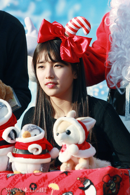 Bae SUZY MISS A CHRISTMAS EVENT PHOTO