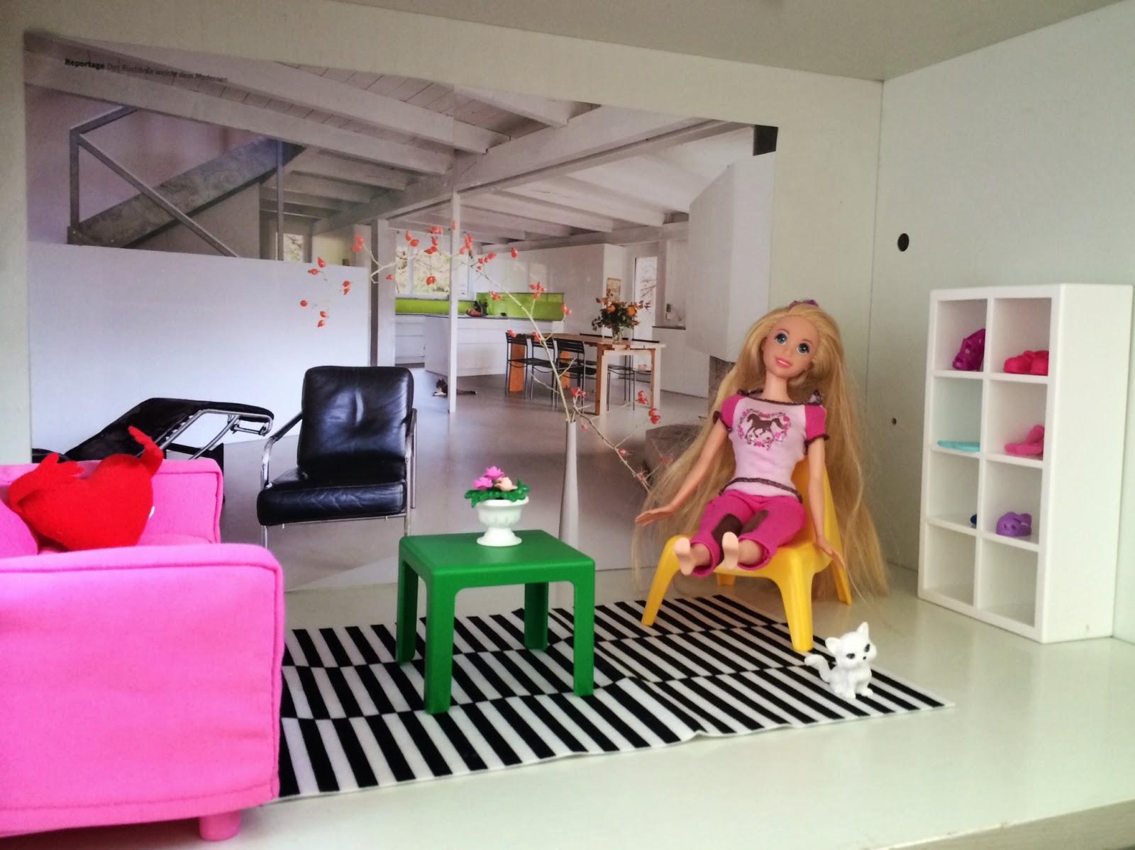 Mobili Per La Casa Di Barbie : Barbie mette su casa