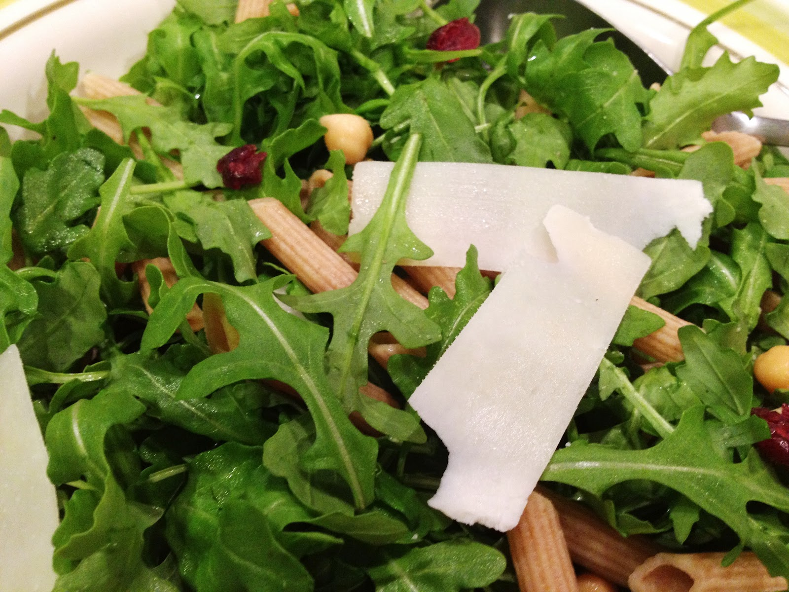 Lex's Life as a New Wife: Arugula Salad with Penne and Chick peas