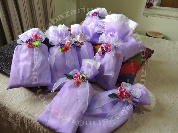 embalagem para presente com flor de eva