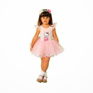 Anak cewek pakai dress hello kitty cantik warna pink