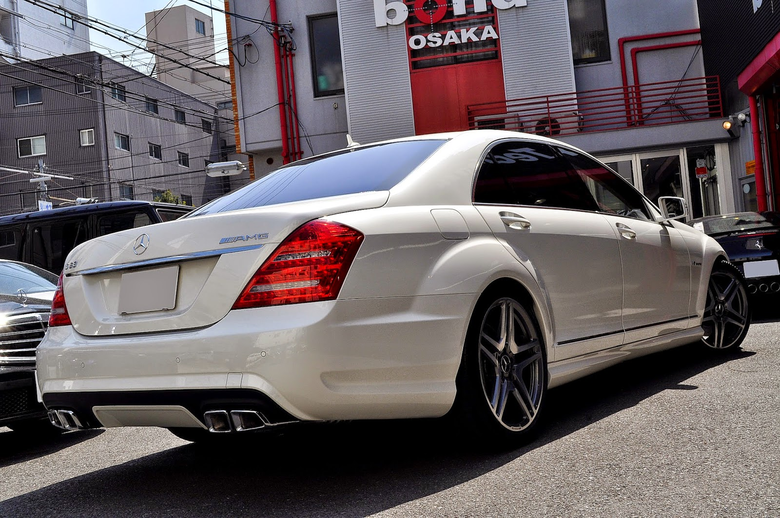 Mercedes Benz W221 S63 Amg White By Bond Tekhnik Benztuning