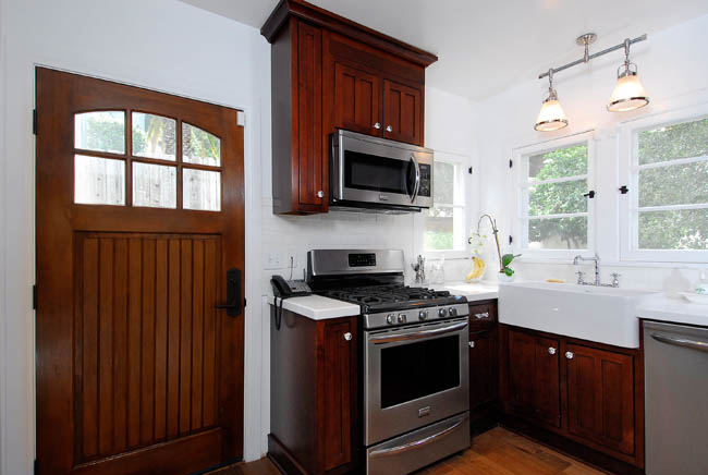 Good Home Construction's Renovation Blog: Cozy Craftsman Kitchen