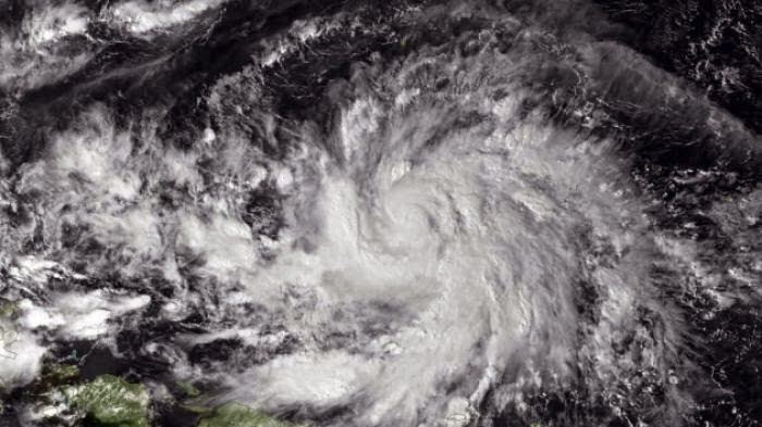 Foto : Topan Hagupit Sedang Berputar di Pasifik Timur