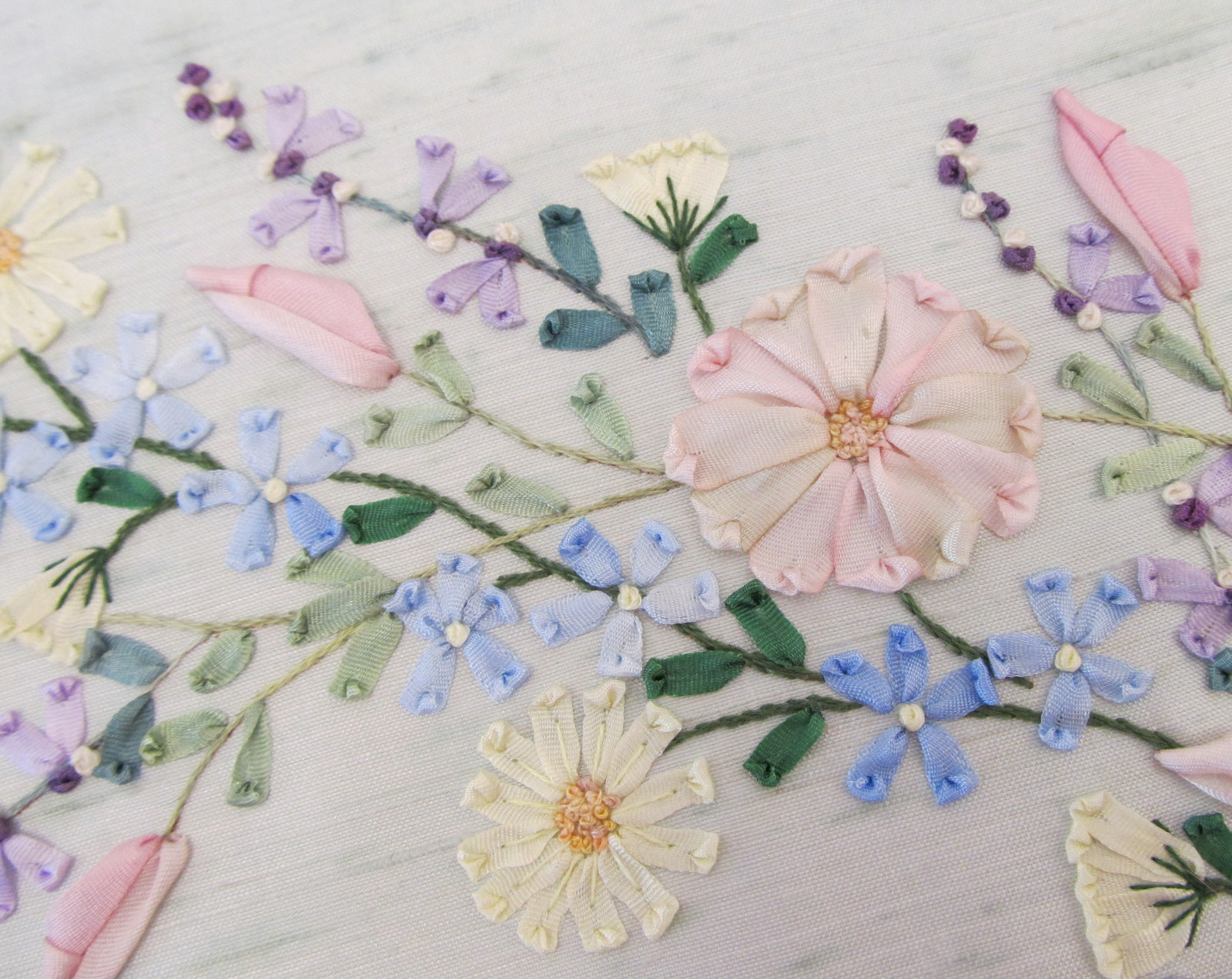 The gallery for gt silk ribbon embroidery stitches