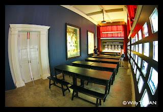 A classroom inside Thai Hua Museum
