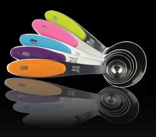 Premium Quality Engraved Set of 5 Measuring Spoons #MagikuchenMeasuringSpoonsSet