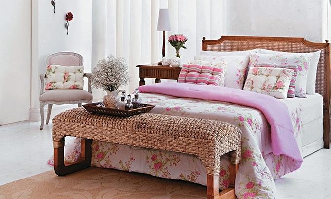 15 modelos de quarto de casal para se inspirar na hora de  ~ Quarto Solteiro Estilo Romantico