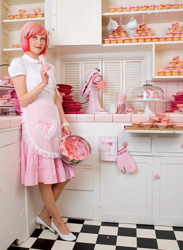 decoracao cozinha fofa : decoracao cozinha fofa:Cozinha fofa: mania cor-de-rosa e decoração vintage /retrô