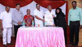 Honourable M.P. Thiru La. Ganesan releasing Pulavar Kothai's Agam Nooru