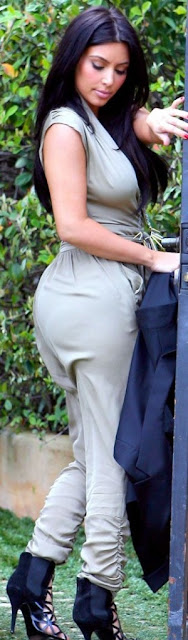 kim kardashian hot sexy pics photos exposing big ass