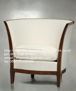 sofa klasik jati jepara,sofa klasik jepara Mebel furniture klasik jepara jual set sofa tamu ukir sofa tamu jati sofa tamu antik sofa jepara sofa tamu duco jepara furniture jati klasik jepara SFTM-33080