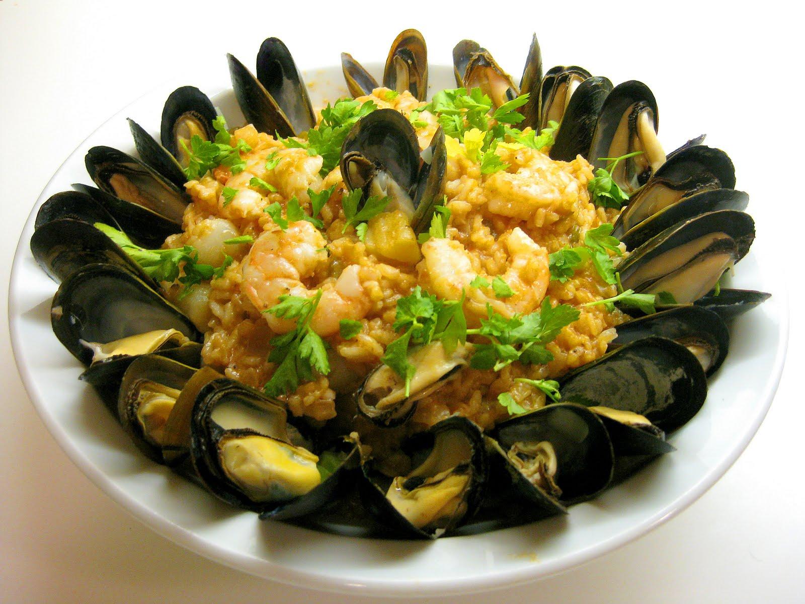 Seafood Risotto أرز بالماكولات البحرية