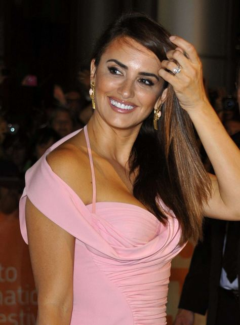 Hollywood+actress+penelope-cruz+hot+photos