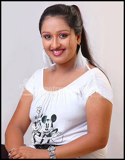 malayalam serial actress rasna hot malayalam serial actress rasna hot
