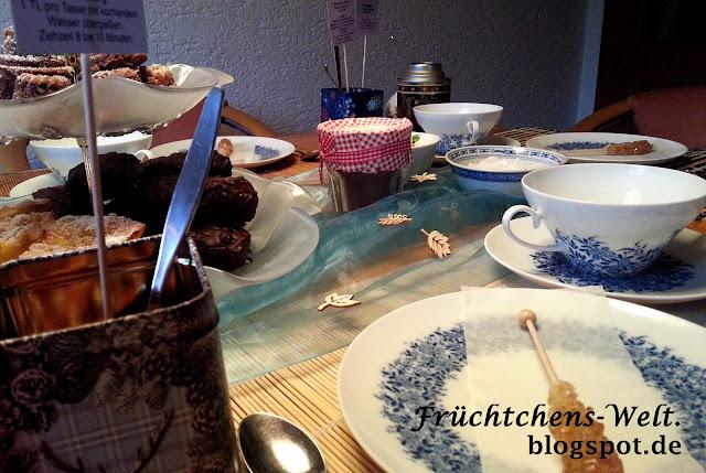 Teaparty - Blick auf den Teetisch