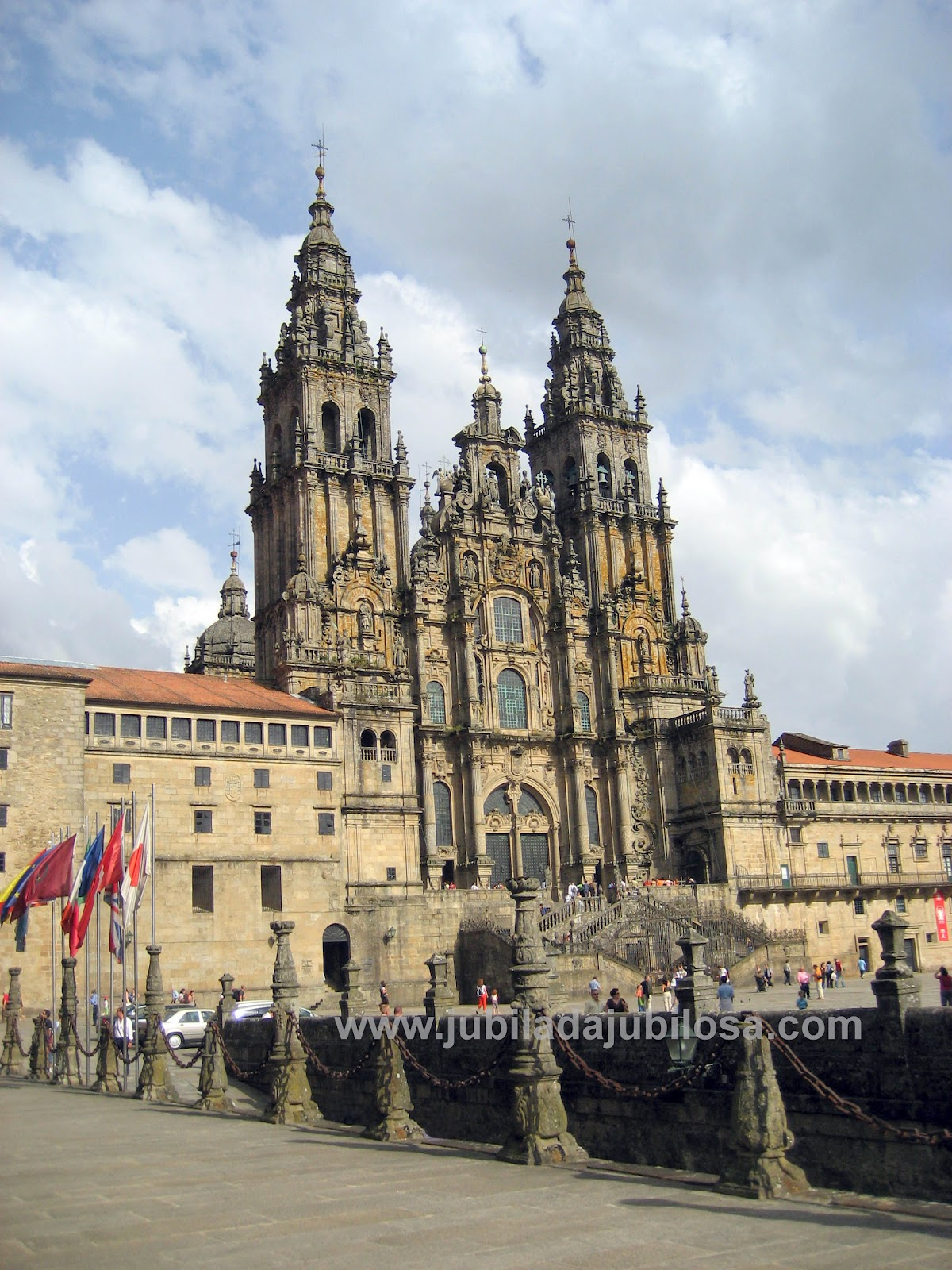 Jubilada jubilosa tejados de catedrales de mil n a for Oficina de turismo santiago de compostela