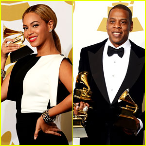 Beyonce looks picture perfect while posing with her trophy in the    Jay Z And Beyonce Performing 2013
