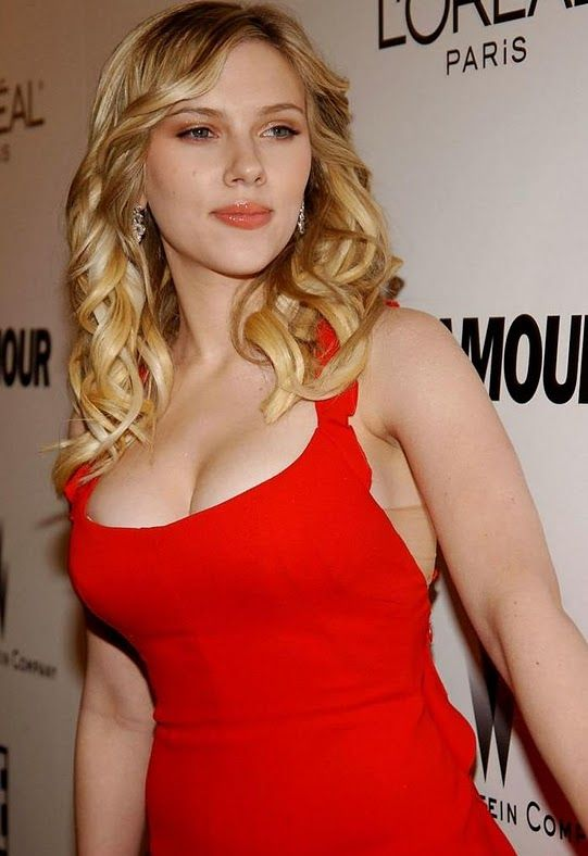 Hot Photos Of Scarlett Johansson