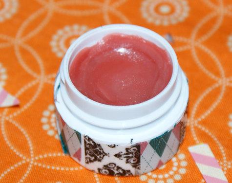 DIY Mango Lip Butter Recipe - DIY Handmade Washi Tape Decorated Lip Balm Pots - Shimmer Tinted Mango Lip Balm Recipe - Super Cute Gift Idea