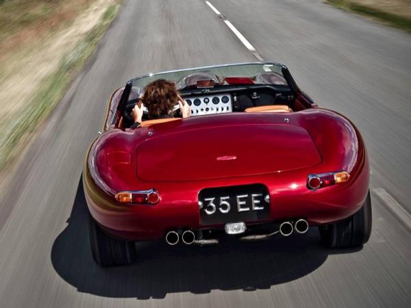 http://2.bp.blogspot.com/-GF2bLVBttw0/TfMQvbTvmGI/AAAAAAAAAkU/FNMOSuN-NHc/s1600/Eagle+Jaguar+E-Type+Speedster+-+Classic+Car.jpg