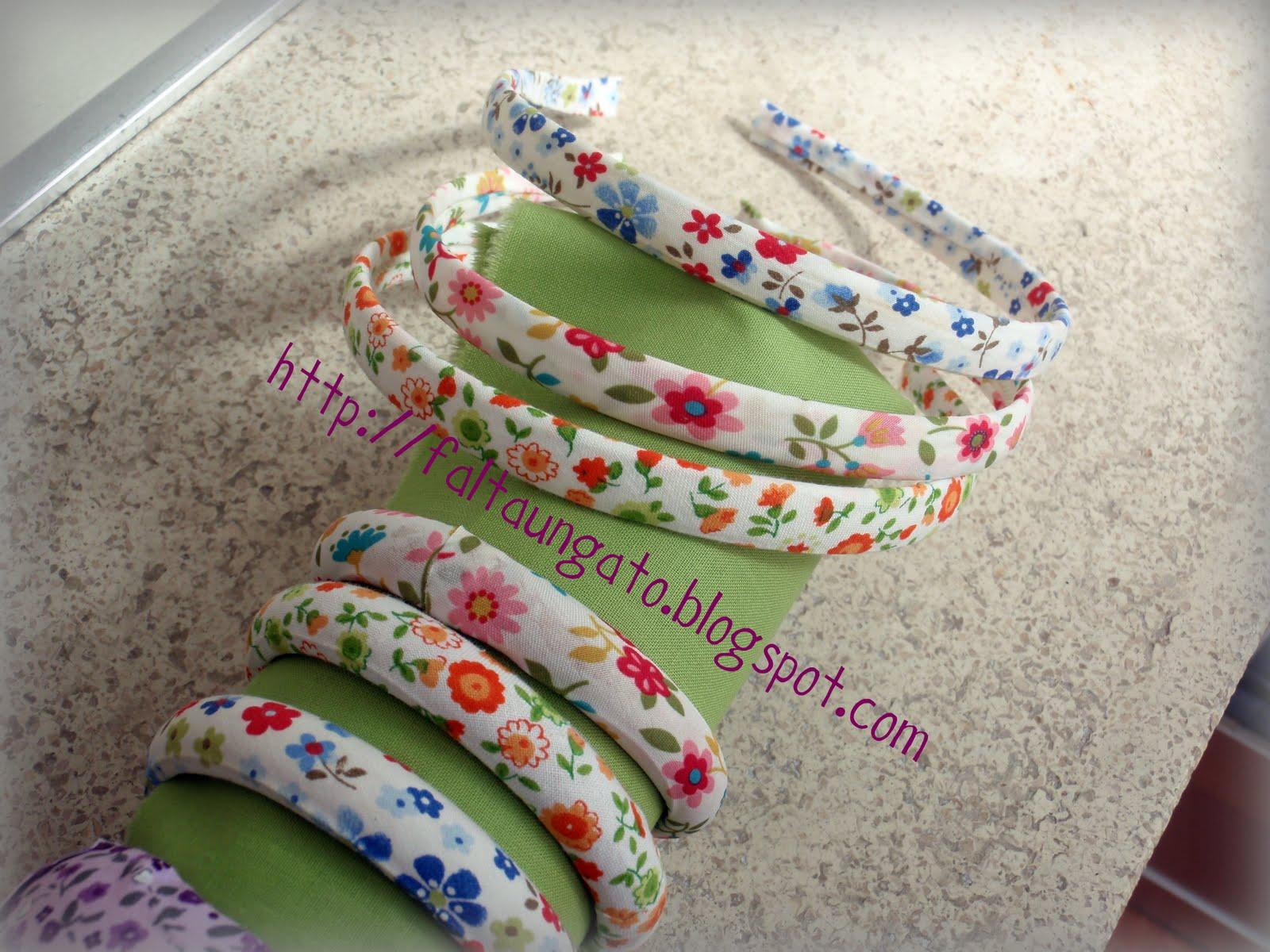pulseras forradas con tela de algodn por dentro son de madera muy coloridas