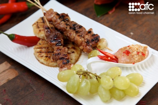 martin yan grilled chicken satay with spicy peanut sauce