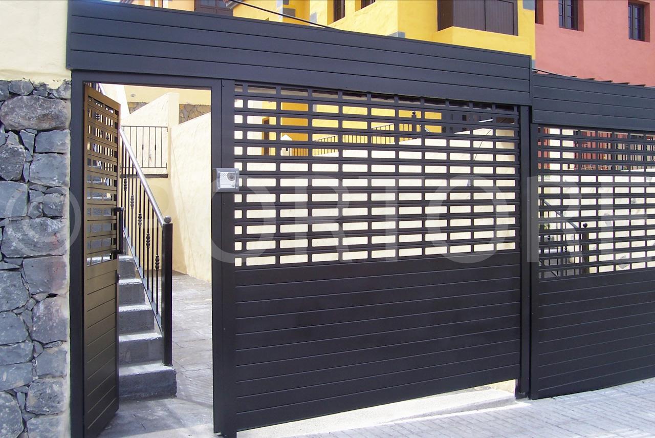 Portore s a puerta enrollable de aluminio for Puerta enrollable